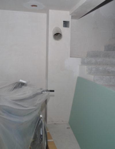 salon i schody stan surowy